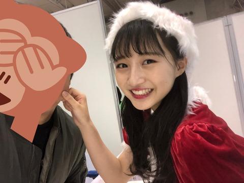 【悲報】NMB48山本彩加が2s写メ会でヲタのほっぺつねるルール違反www