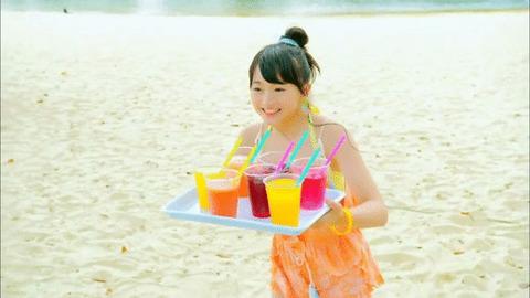 【NMB48】「まさかシンガポール」のMVでジュース運ぶあーやん可愛すぎだろwww【山本彩加】
