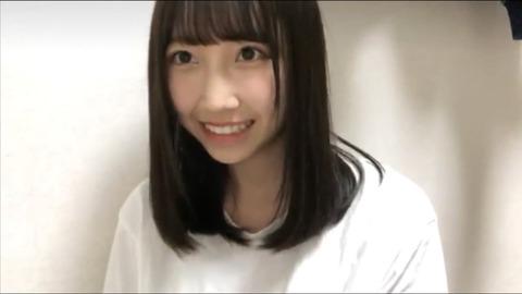 【STU48】薮下楓ちゃんの胸チラ!!!