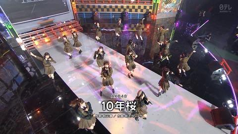 【朗報】AKB48の「10年桜」がSNSで話題に!!!