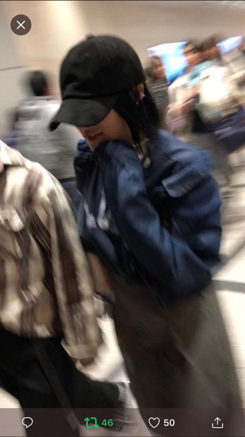 【悲報】NMB48城恵理子、男と撮られた時と同じ服で写メ会に出席www