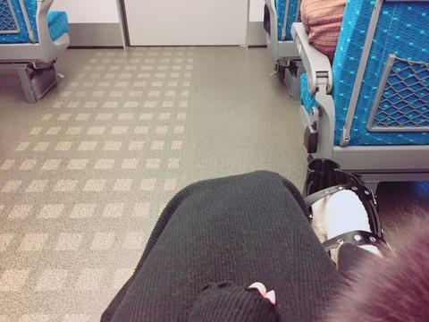 【NMB48】吉田朱里の新幹線の席wwwwww