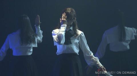 【NGT48】山口真帆さん、卒業公演本編ラスト曲で欅坂46の「黒い羊」を披露
