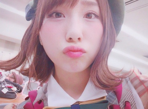 【AKB48】高橋朱里「コンサートとか握手会とか、1人で来る人も、私に会いに来てる時点でぼっちじゃないよ」