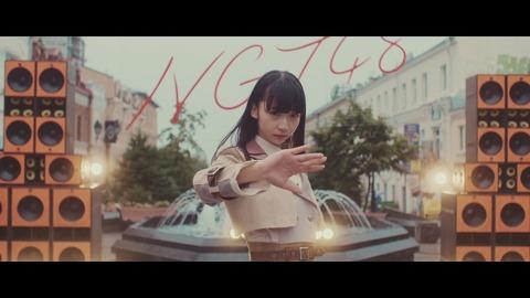 【悲報】1週間先に公開したNGT48のMVがイコラブ新曲MVに再生回数を抜かれるwww