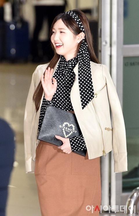 【IZ*ONE】本田仁美、日本から韓国に入国!いよいよ活動再開!