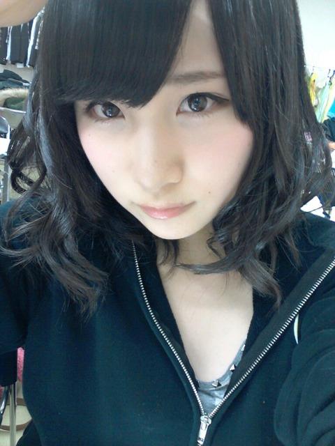 【AKB48】パーカー着てるメンの画像ください【高橋朱里】