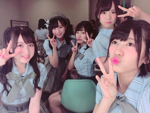 【AKB48】チーム8、お胸強調の衣装に現場のヲタが大興奮wwwwww