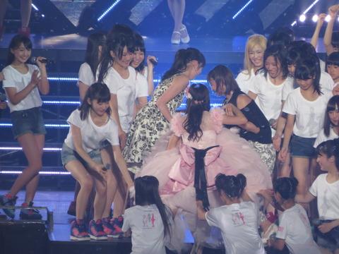 【画像あり】NMB48のあのメンバーのブラが激写されるwww