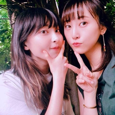 【画像】松井玲奈と家入レオが密着2ショット公開「レナレオコンビ最強」「かわいすぎ」