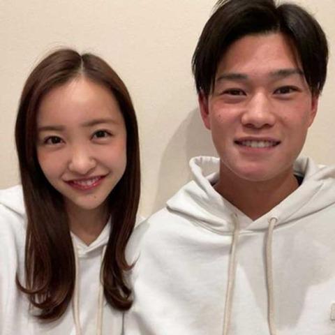 【悲報】元AKB48板野友美 早くも「スピード離婚説浮上」