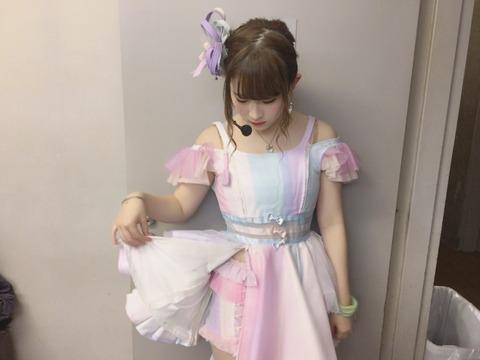 【画像】NMB48武井紗良「2018年は色気出しま~す」