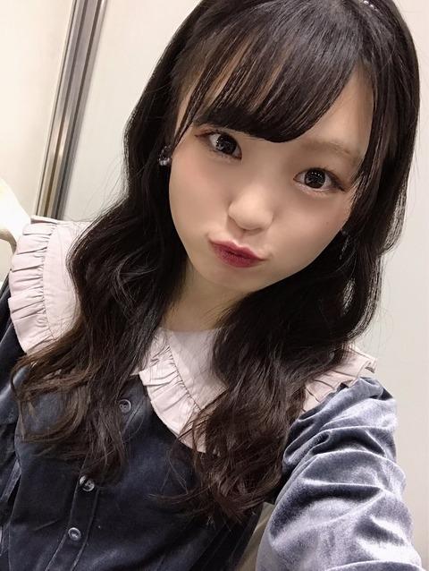 【露出狂】NMB48の21歳児がエロかわいい【新澤菜央】