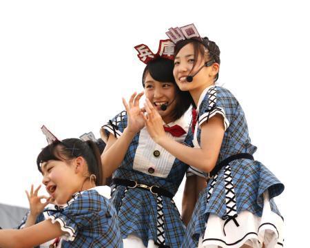 【AKB48】チーム8新曲「夢へのルート」初披露!センターは山田菜々美!!!