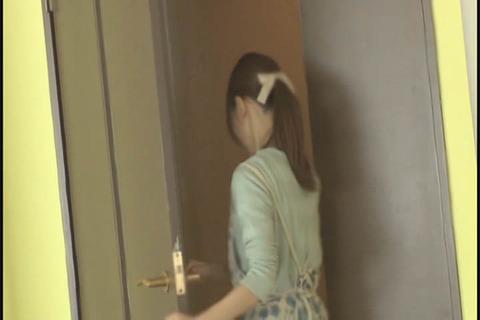 失禁イキする美形妻_041