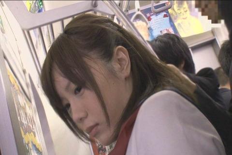 推定Fカップ むっちり乳女子高生_010