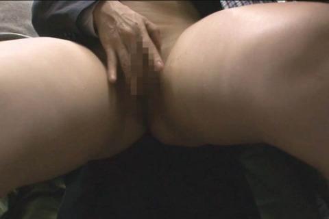 娘の目の前で屈辱SEX_042