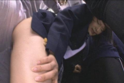 推定Hカップ 張り乳女子高生_020