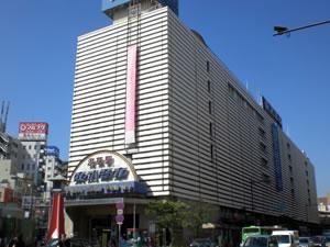浅草駅100826