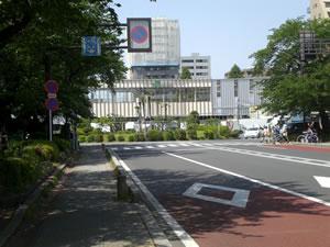 国立駅・駅舎写真20100506