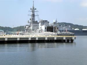 100910横須賀港