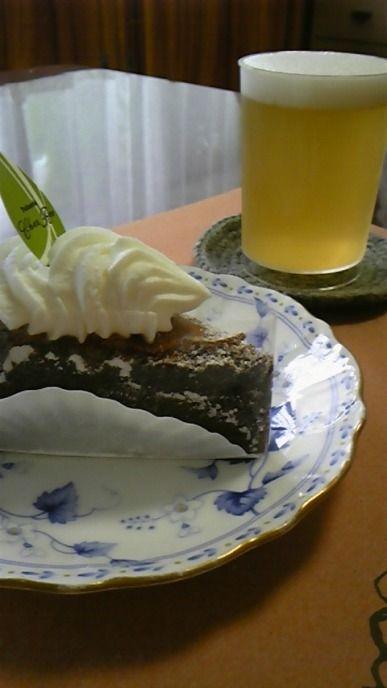 ケーキとビール?