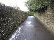 石灰岩の石垣