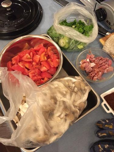 にんにくのスープ材料