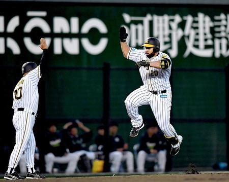 【朗報】ロサリオ(神) 直近2試合.286 1本打 4打点