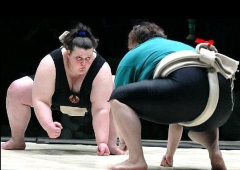 woman-sumo-3-1298629076