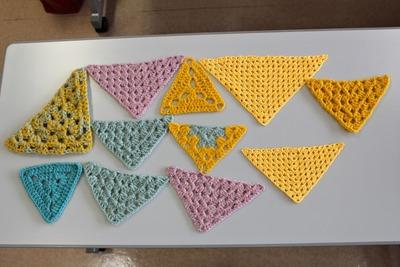 三角モチーフ