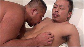 無料ゲイ動画 - くま系2人のラブラブ交尾!相性抜群の肉体を楽しむように全身愛撫でしゃぶり合う!!