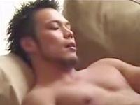 無料ゲイ動画 - 男同士で使い込まれたペニスとアナルが今日も良い音を鳴らしてぶつかり合う