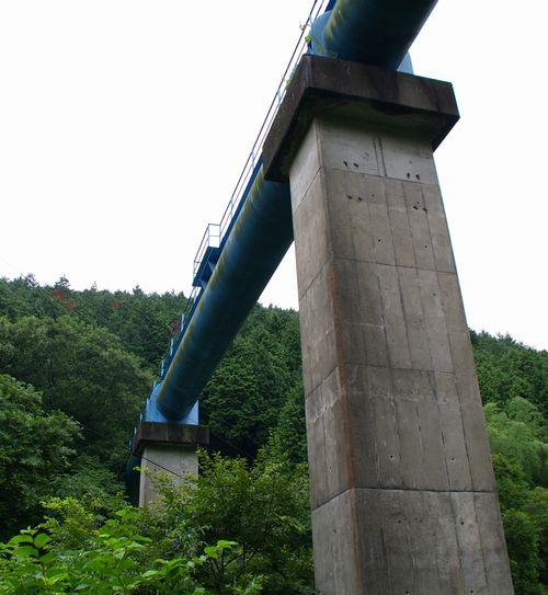 関山水管橋
