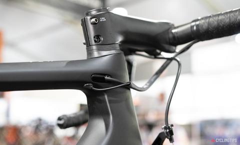 2020-CCC-team-bike-Szymon-Sajnok-Giant-TCR-Advanced-SL-9