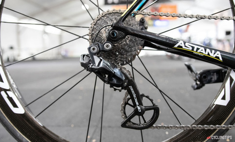 Astana-Wilier-Zero-SLR-2020-team-bike-Luis-Leon-Sanchez-9