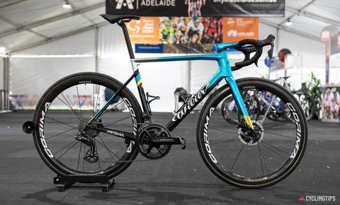 Astana-Wilier-Zero-SLR-2020-team-bike-Luis-Leon-Sanchez-10