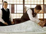 山崎さん、モックンの美しい所作も見どころですっ