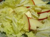 簡単ダイエットレシピ 白菜とリンゴのゆずドレシシングサラダ3