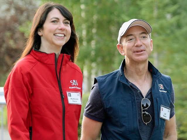 W不倫】Amazonジェフ・ベゾス、離婚で7.5兆円損失不可避。投資家は ...
