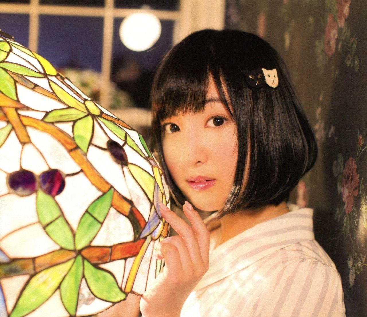 髪のアクセサリーが素敵な佐倉綾音さん