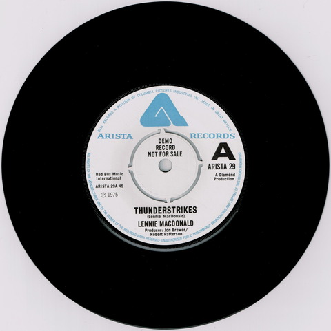 LENNIE MACDONALD - THUNDERSTRIKES - HARD ROAD (1975) F