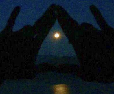 空海さま「月こそ、悟りである!」、、、お月様を意識した生活で、4/11天秤座の満月から一氣にスパーク!!