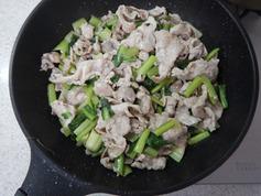 豚肉と小松菜の塩炒めP3