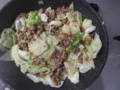 豚ひき肉とキャベツのほんのり甘みそ炒め190725-P4
