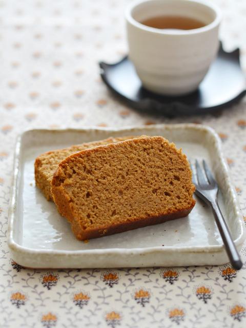 カステラ風味の黒糖米ぬかケーキR