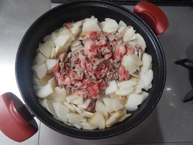 晩ごはん191102_牛大根の白菜無水鍋P2