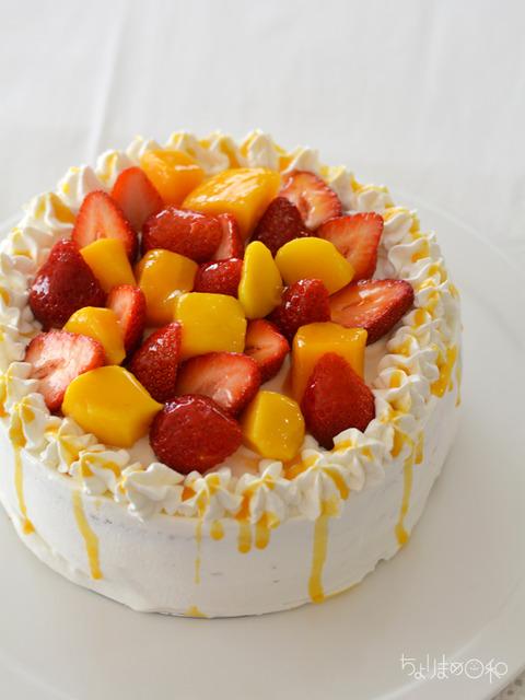 いちごとマンゴーのショートケーキ2