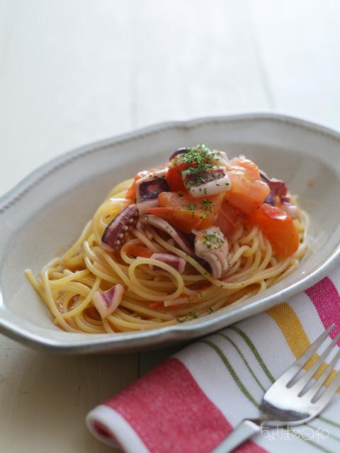 いかの一夜干しとトマトのスパゲティ