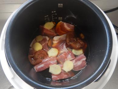 豚肉の梅煮P1